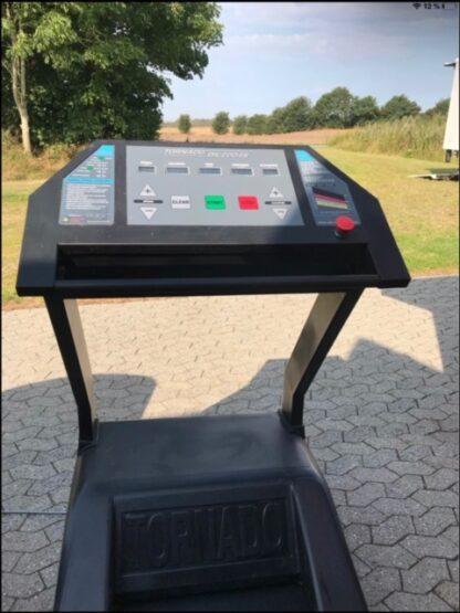 Brugte løbebånd display - billigt